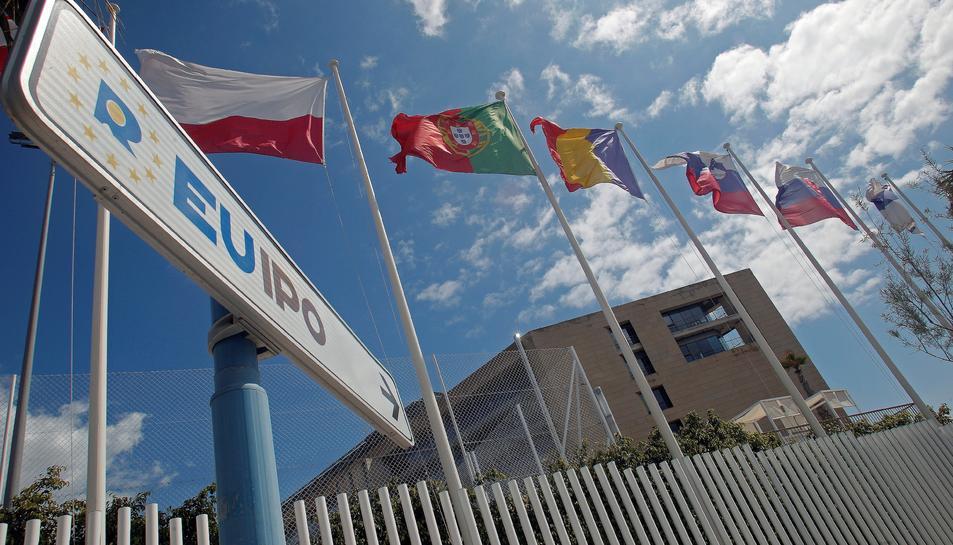 L'Oficina de la Propietat Intel·lectual de la UE (EUIPO), amb seu a Alacant, ha rebut la petició, de tres particulars espanyols, del registre de