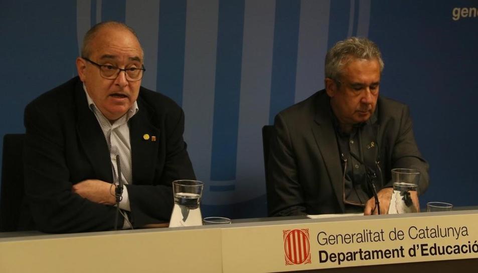 El conseller d'Educació, Josep Bargalló, durant una roda de premsaa