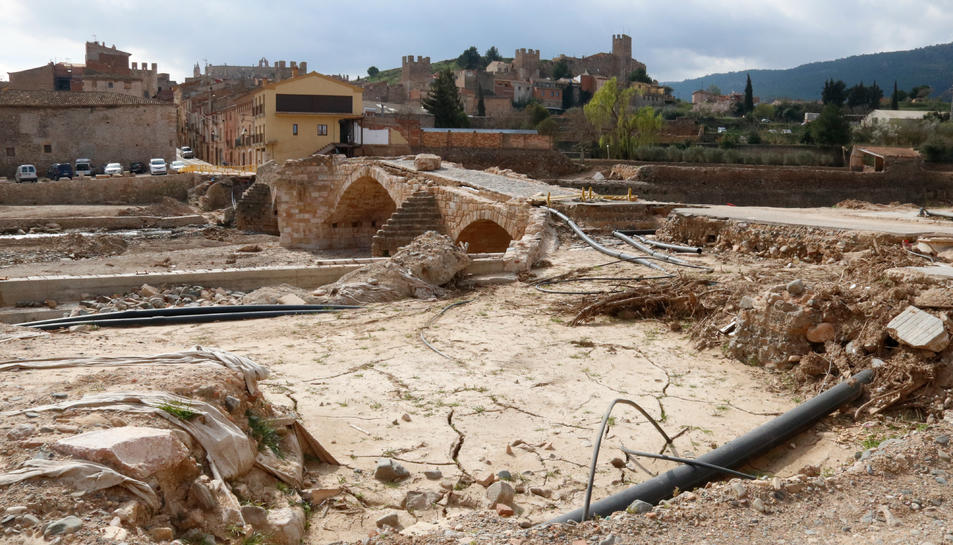 Imatge d'arxiu del pont vell de Montblanc que va quedar destruït.