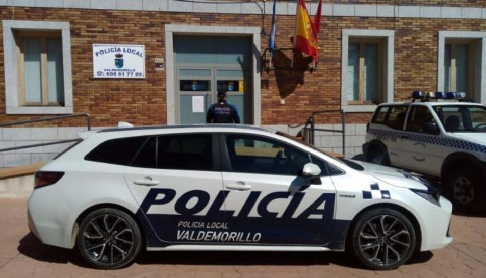 Els agents de la Policia Local van traslladar a l'hospital i al seu bebè a l'hospital