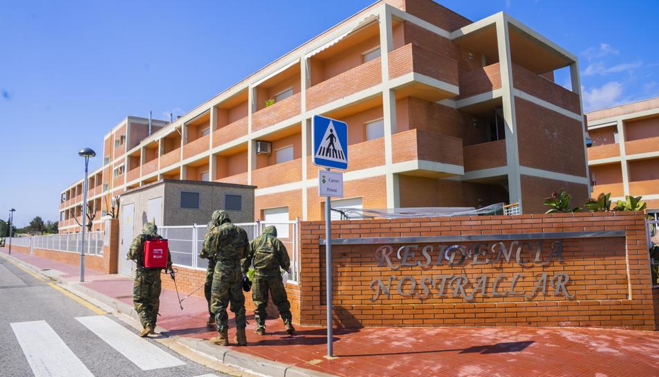 L'equip de la tercera subinspecció general de l'exèrcit de terra, ahir als Pallaresos.