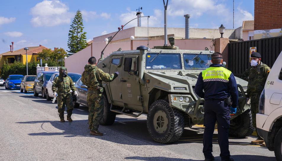 Almenys quatre vehicles van participar en les feines.