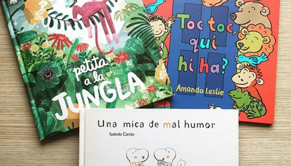 En el seu perfil d'Instagram Maria Puig mostra els contes que llegirà.
