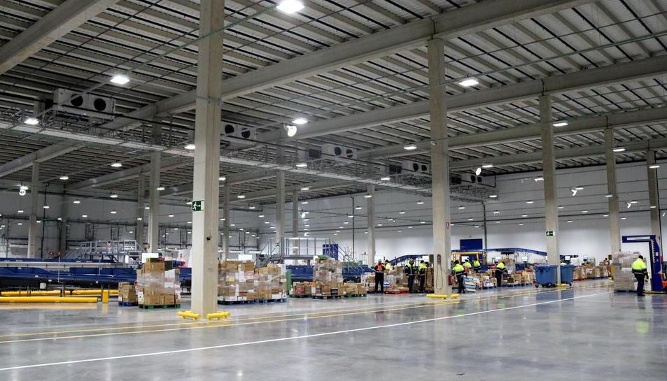 Imatge del nou centre logístic de Carrefour al ZAL del Port de Barcelona.