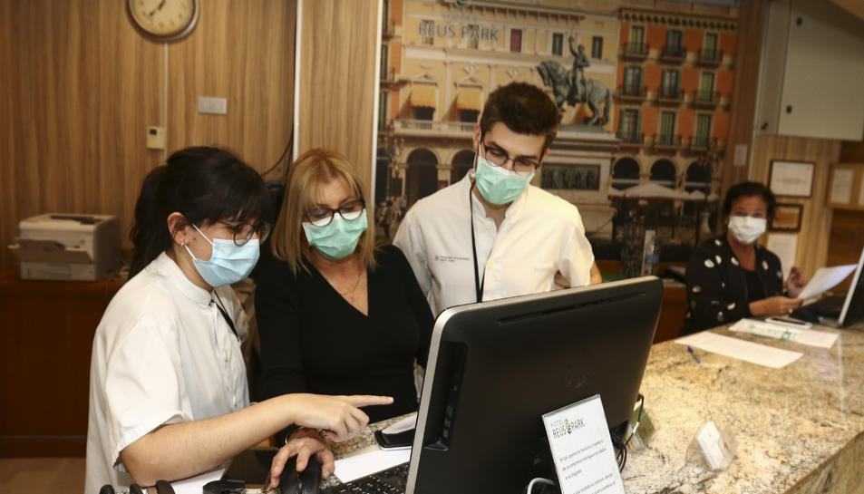 En global, els llits que els quatre equipaments van posar a disposició de les labors sanitàries durant aproximadament tres mesos són 686.