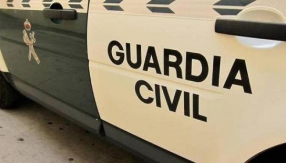 Agents de la Guàrdia Civil han detingut a un home com a presumpte autor de la profanació de les tombes