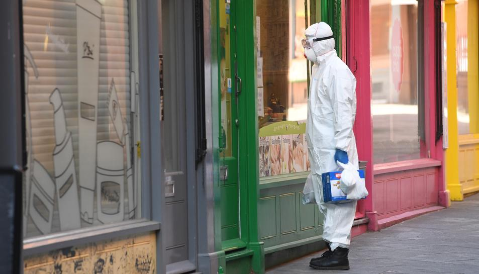 Dilluns 4 de maig començarà la desescalada però els experts recorden que el virus no ha marxat pas