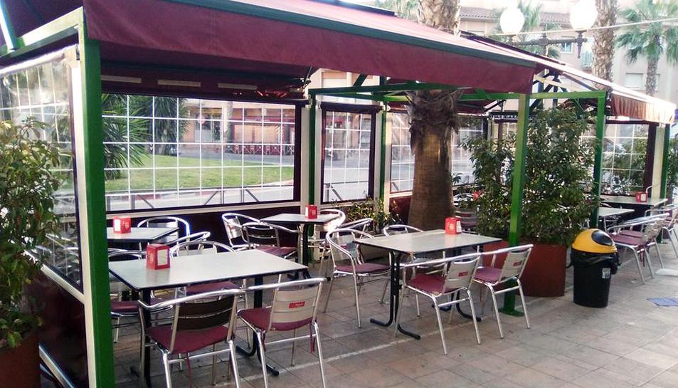 Una terrassa de Roda de Berà abans de l'estat d'alarma.