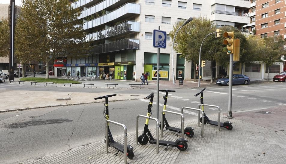 Imatge d'uns patinets que Buny va desplegar a Tarragona sense permís de l'ajuntament.