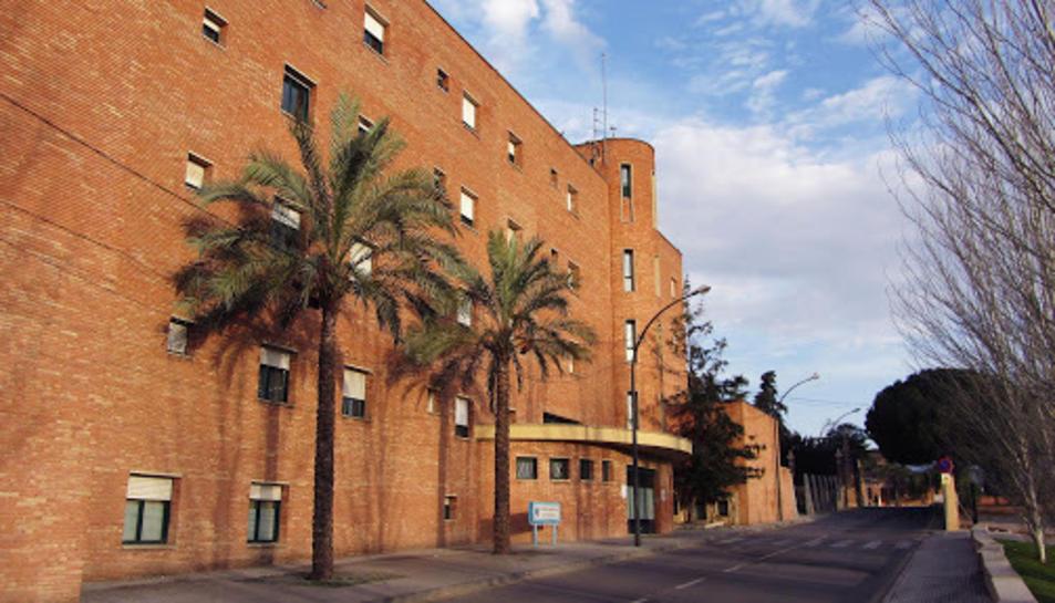 El centre sociosanitari Monterols de Reus, que pertany al grup Pere Mata, suma 50 casos de Covid-19, 18 d'ells professionals que treballen en aquest centre.