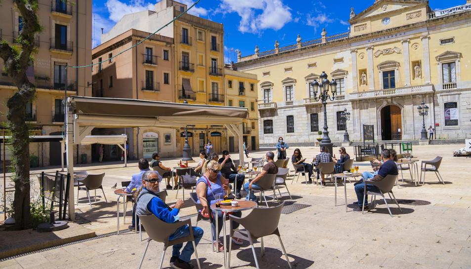Imatge de la plaça de la Font del dilluns de la setmana passada, on es farà la protesta.