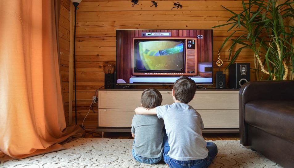 El consum de televisió entre els nens, el que més ha augmentat.