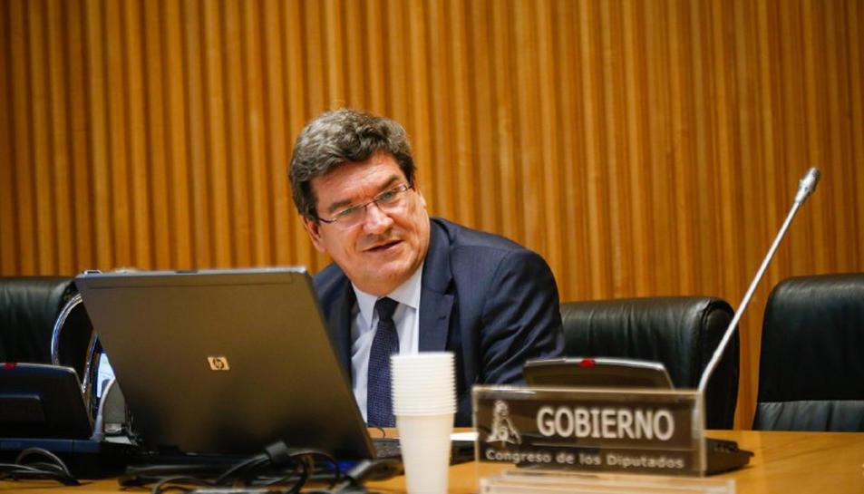 El ministre d'Inclusió, Seguretat Social i Migracions, José Luis Escrivá, durant la compareixença a la comissió de Treball del Congrés el 15 d'abril del 2020