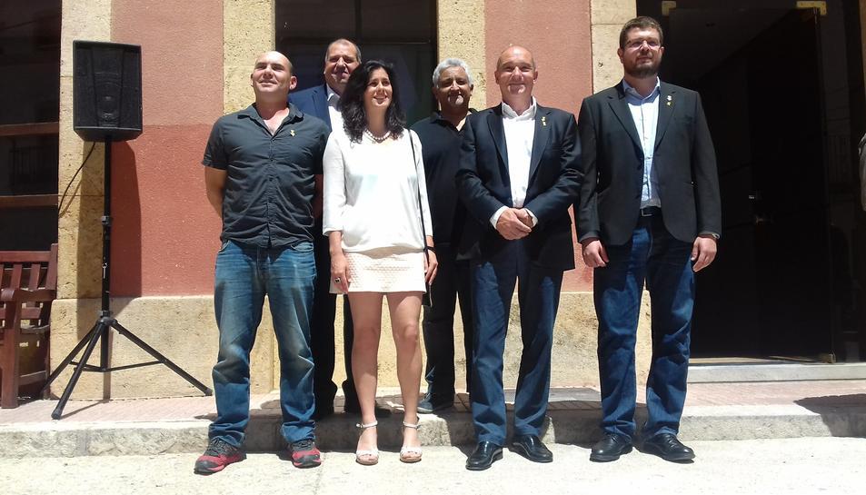 A l'esquerra, Dani Rodríguez, regidor de Mo1-Te pel Catllar.