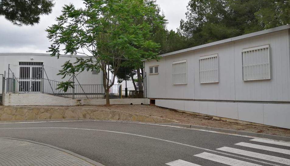 Pla obert d'uns mòduls prefabricats de l'escola Bernardí Tolrà de Vila-rodona.