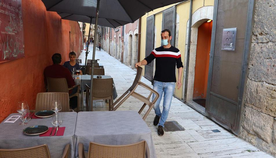 La terrassa al carrer dels Ferrers.