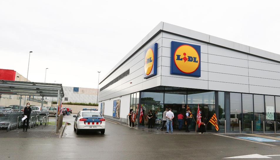 Els Mossos d'Esquadra van haver d'intercedir en un conflicte entre treballadors i empresa.