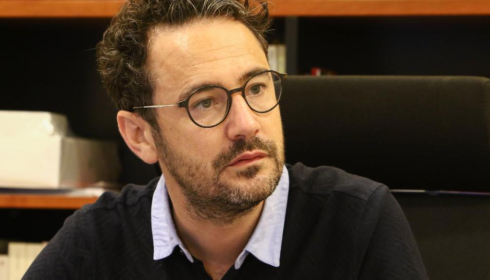Pere Segura, alcalde de Vila-seca, aquest dilluns al seu despatx a l'Ajuntament.