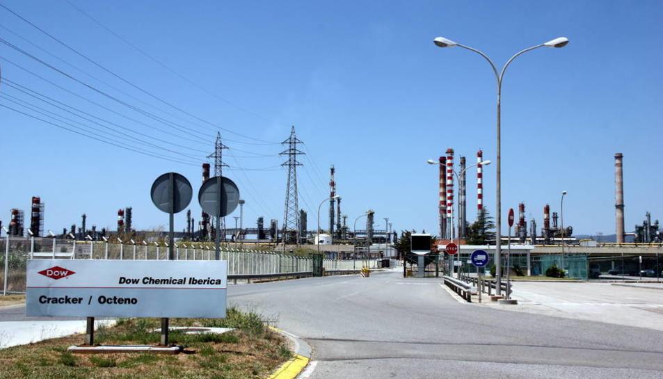 Pla general de l'entrada a la planta de Dow Chemical de Tarragona.
