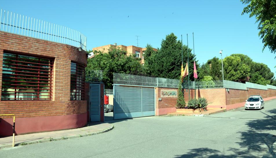 Pla general de l'entrada al Centre Penitenciari de Ponent.
