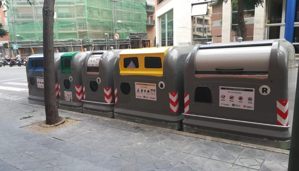 Els contenidors adaptats tenen un sistema de tancament retardat.