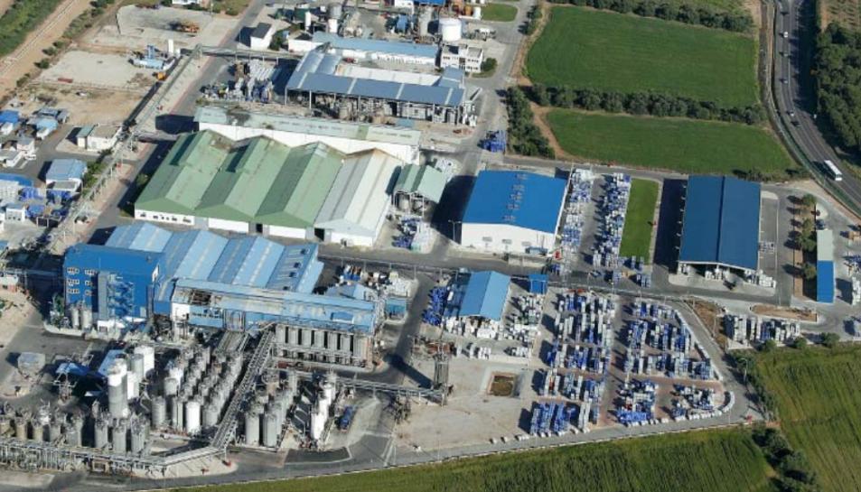 Imatge de la planta d'IQOXE Emulsiones Poliméricas a Vila-seca.