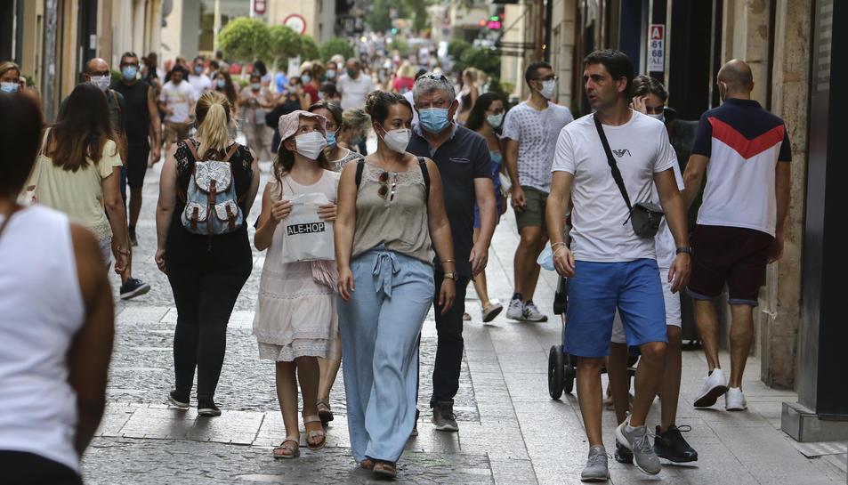Els ciutadans s'hauran d'habituar a dur mascareta en tot moment.