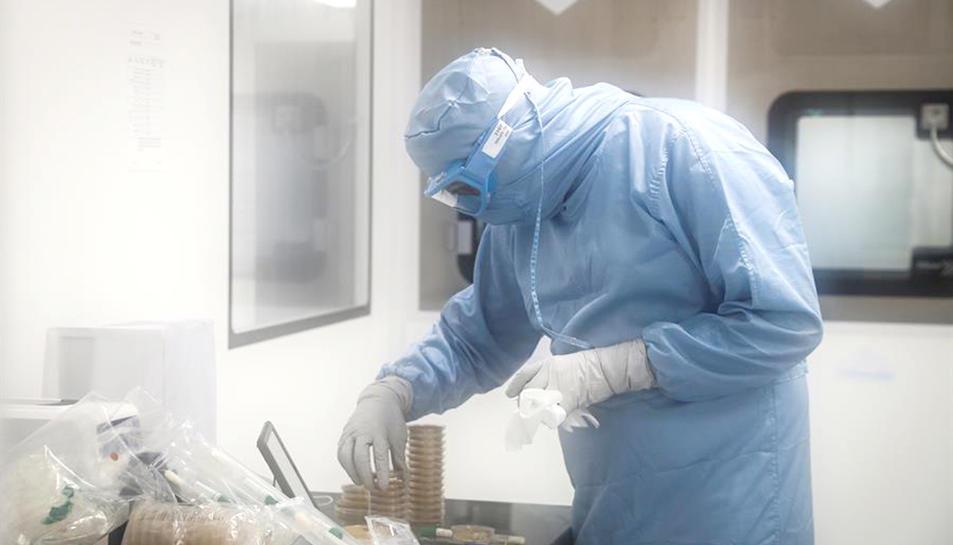 Els laboratoris ja comencen a plantejar quin erà el preu de venda de les vacunes contra el coronavirus.