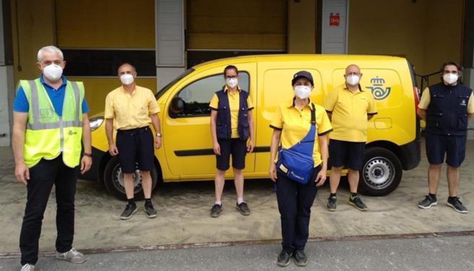 Alguns treballadors de Correos en una imatge d'arxoi