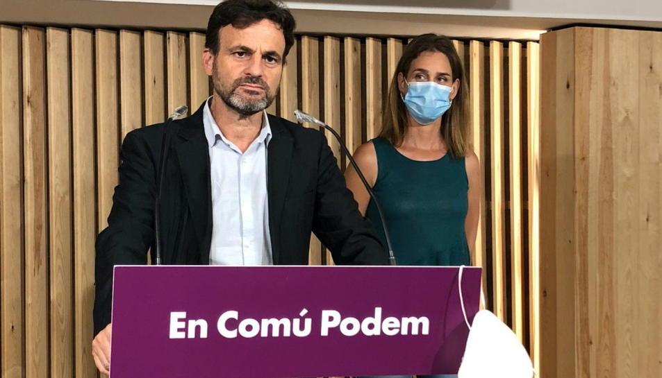 Pla americà del líder d'Unides Podem al Congrés, Jaume Asens, i la presidenta de CatECP al Parlament, Jéssica Albiach