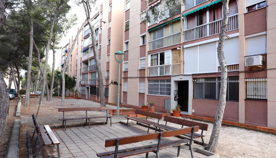 Imatge de la zona d'Interblocs, on es concentren la majoria de pisos ocupats a Sant Salvador.