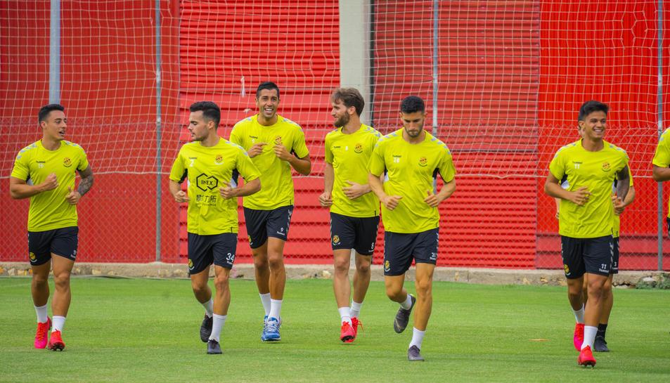 Els jugadors del Gimnàstic de Tarragona entrenen aquesta pretemporada a les ordres de Toni Seligrat.