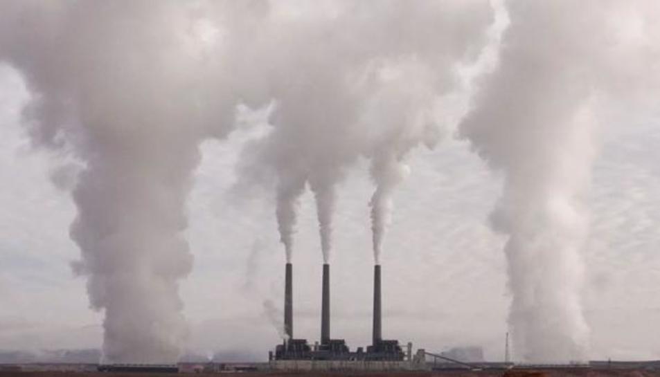 Emissions de CO2 en una imatge d'arxiu.