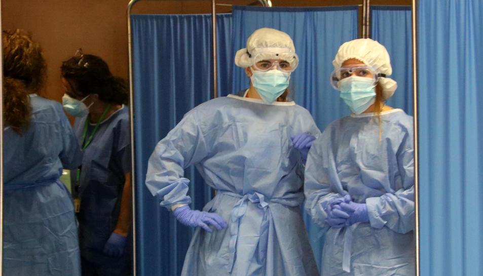 Dues sanitàries durant el dispositiu de testos massius de PCR a Vilafranca del Penedès.