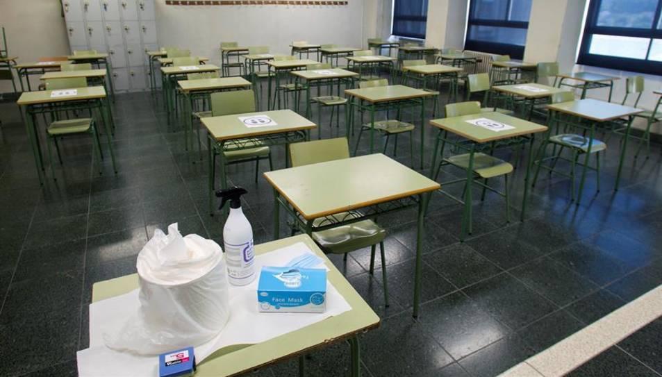 Detall d'una aula buida.