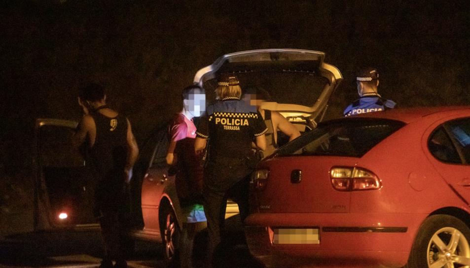Imatge d'arxiu d'una actuació de la Policia Municipal de Terrassa.