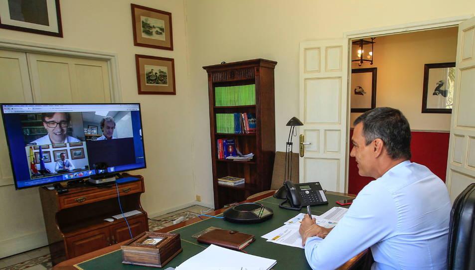 Reunió telemàtica del comitè de seguiment del coronavirus amb el president del govern espanyol, Pedro Sánchez, el ministre de Sanitat, Salvador Illa, i el director del CCAES, Fernando Simón