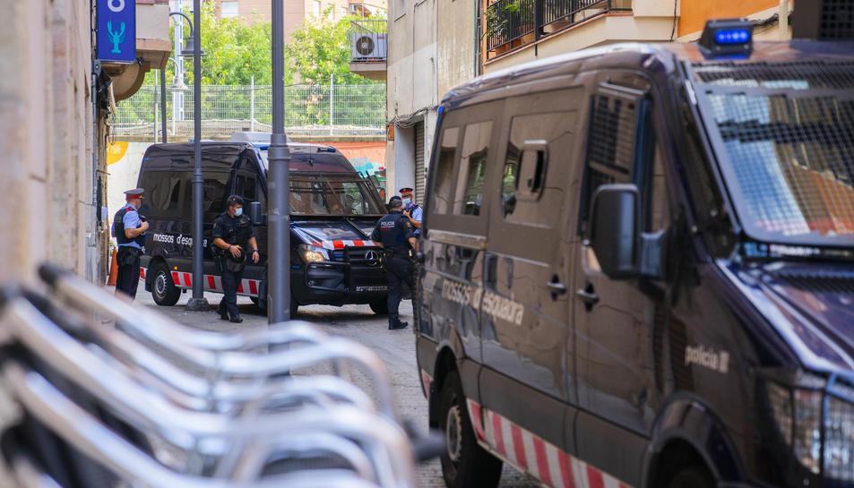 A l'operatiu hi van participar més de 110 agents de policia.