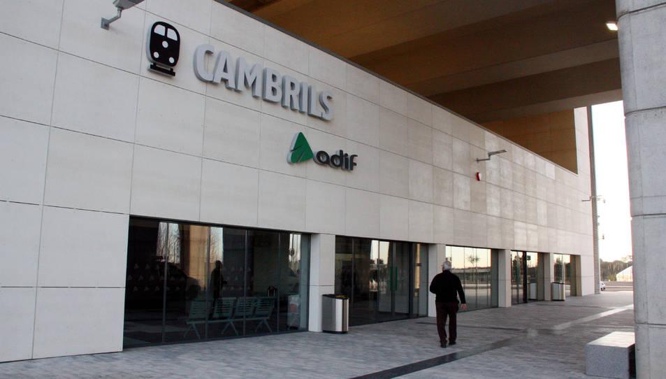 Aaccés principal a la nova estació de Cambrils del Corredor Mediterrani.