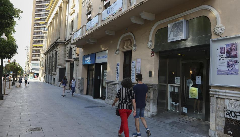 El sector de la perruqueria reclama de fa temps que li apliquin l'IVA reduït del 10 per cent.