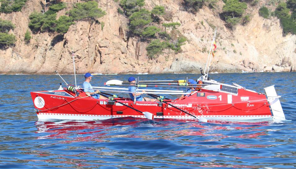 Pla obert de l'embarcació Ocean Cats durant la seva travessia per la Costa Brava