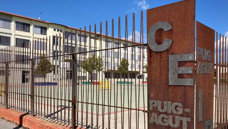 Façana del CEIP Puig-Agut de Manlleu (Osona).