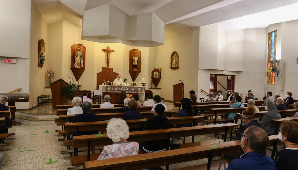 Avui s'ha oficiat l'última missa al temple del carrer Jovellanos.