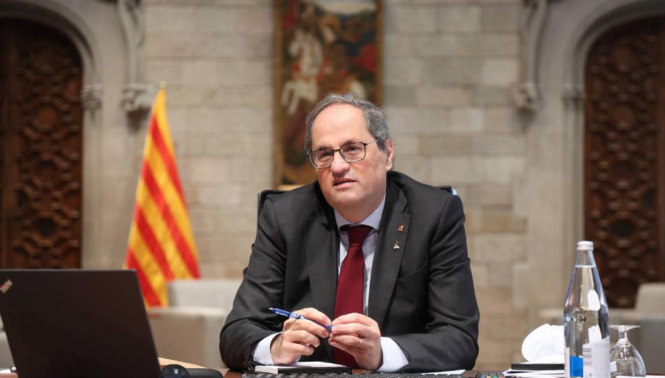 Pla mitjà del president de la Generalitat, Quim Torra, a la reunió del comitè executiu de crisi per la covid-19