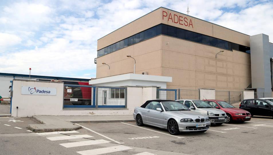 Pla general de l'exterior de l'empresa Padesa afectada per un rebrot de coronavirus a Roquetes