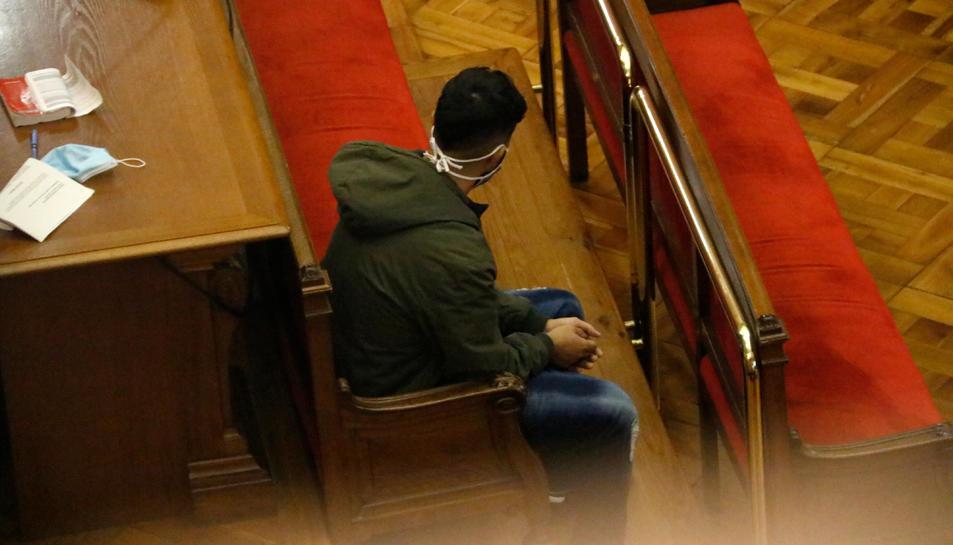 El pare del nadó durant la lectura del veredicte del jurat popular.