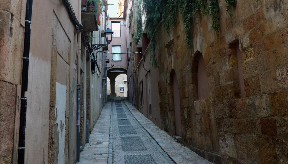 Carrer de Santa Tecla a la Part Alta de Tarragona.