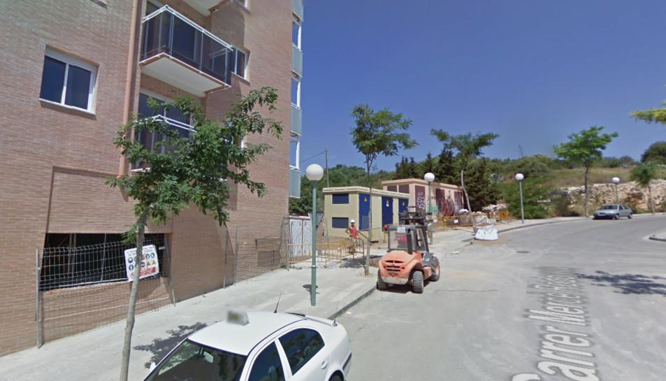 El solar on es construirà la residència de gent gran està ubicat al carrer Mercè Rodoreda.