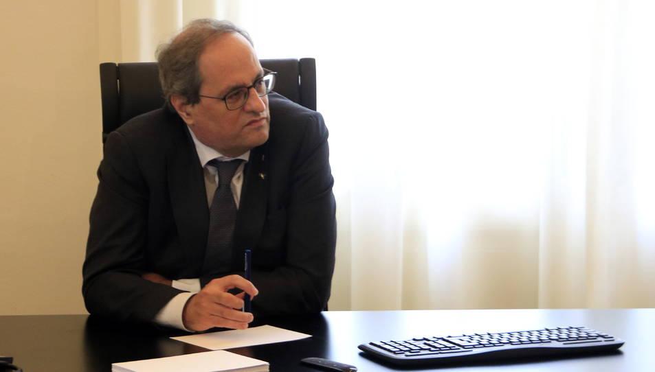 El president inhabilitat de la Generalitat, Quim Torra, en un despatx del Palau de Pedralbes.