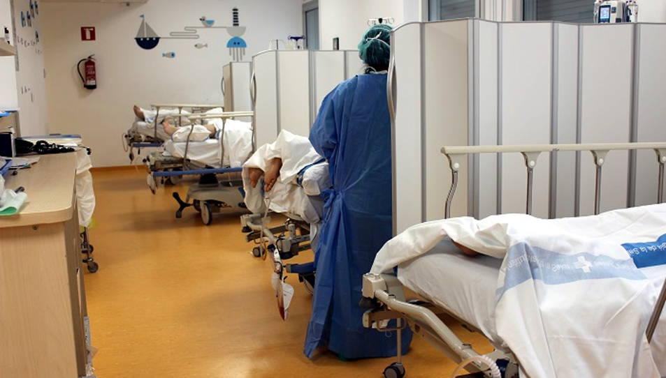Imatge d'arxiu d'una habitació amb pacients amb covid-19 al Trueta.